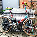 Customisation de <b>velo</b> en Yarn Bombing ou l' Urban Knitting bike ep.08