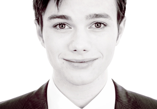 Photoshoots Chris Colfer - Page 2 54197452