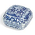 A <b>blue</b> and white 'dragon' box and cover, Wanli mark and period (1573-1619)