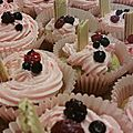 <b>Cupcakes</b> fruits rouges