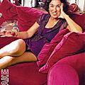 Isabelle Alonzo, décontractée à la maison