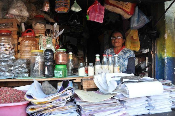 Vendeuse papier 2012 blog