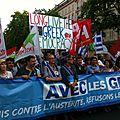 A <b>Paris</b>, la gauche manifeste sa solidarité avec les Grecs