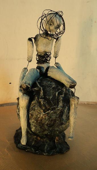forums view topic sculpture en papier m ch. Black Bedroom Furniture Sets. Home Design Ideas