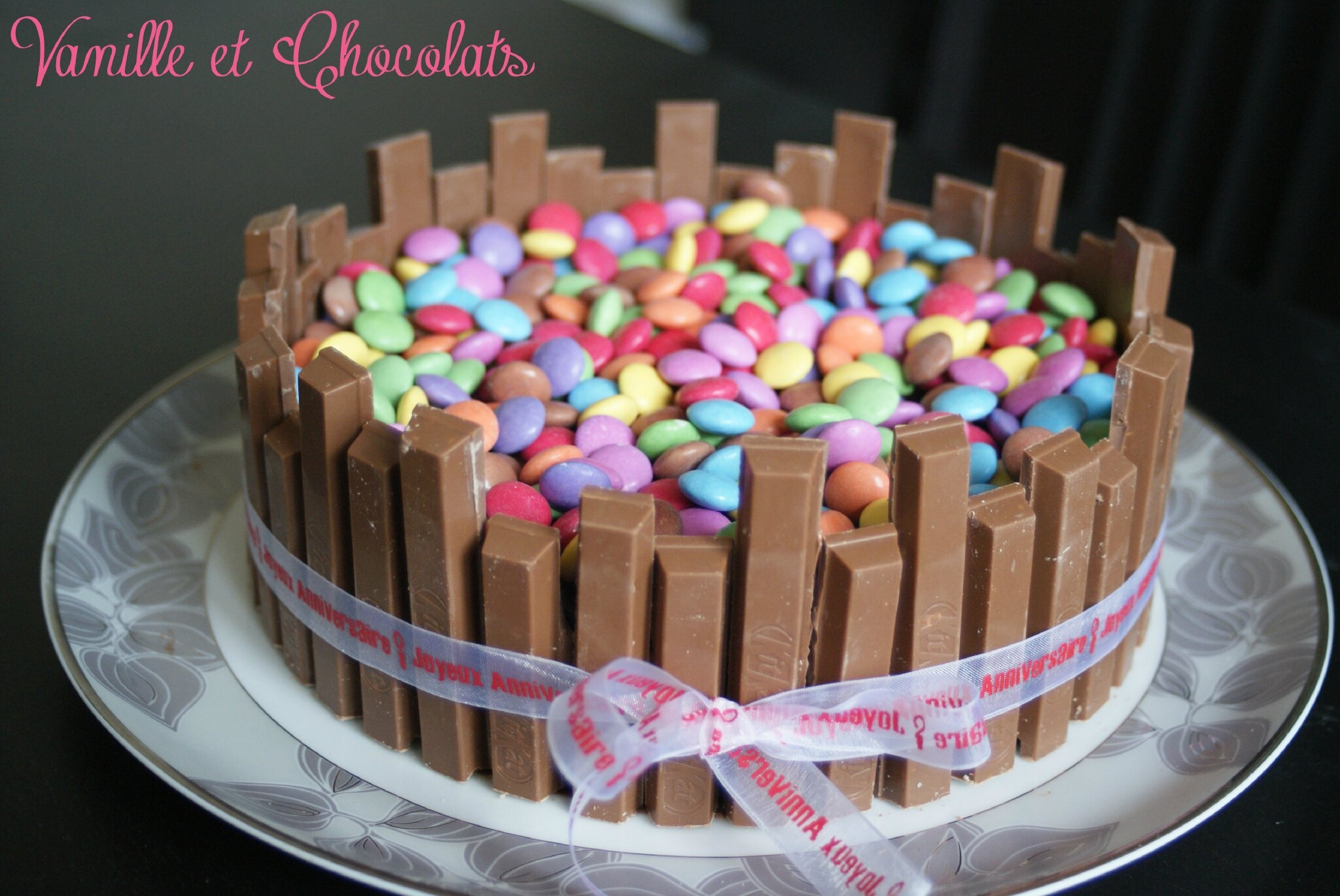 decoration gateau kit kat