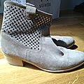 Boots cloutes <b>Zara</b> Beige