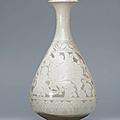 A Cizhou sgraffiato pear-shaped vase, yuhuchunping, Jin dynasty (1115-1234)