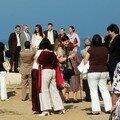 Mariage meridional, à la plage, le debut