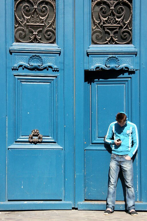 6-bleu sur bleu (porte)_8142