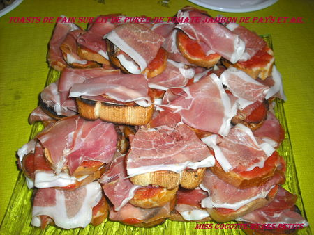 toasts_jambon_de_pays_tomate_ail1