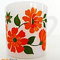 Vaisselle Vintage ... Tasses Arcopal (O57) * FLEURS <b>oranges</b> et rouges