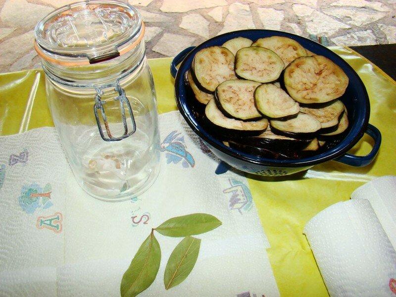 Aubergines en conserve sous huile d 39 olives la cachina for Aubergines en conserve maison