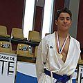 Un Ramonvillois champion de <b>France</b> de karaté combat