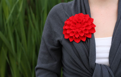 dahlia_broche_fleur_f_te_des_meres_DIY_2011