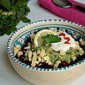 Salade d'haricots rouges, sauce tomate pimentée & guacamole