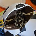 Le gâteau ballon de foot <b>Real</b> <b>Madrid</b>
