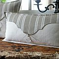 Grand Coussin, Patchwork de linge ancien, toile  matelas, lin, pampille
