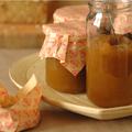 Encore une <b>CONFITURE</b> ... Rhubarbe, abricot sec & vanille