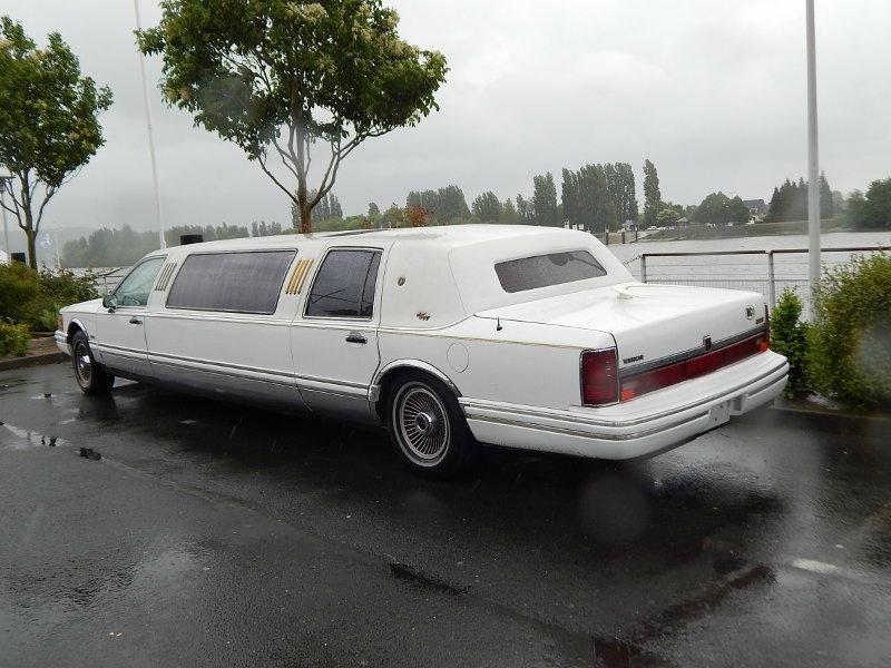 LincolnTowncar1992ar1