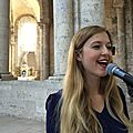 Chanteuse & pianiste pour messe de mariage, bénédiction, cérémonie <b>laïque</b> •gospel, liturgique, variété, pop NANTES RENNES TOURS