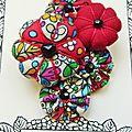 ♥ ROUGE HARLEQUIN ♥ Broche multicolore fleurs potirons et yoyos