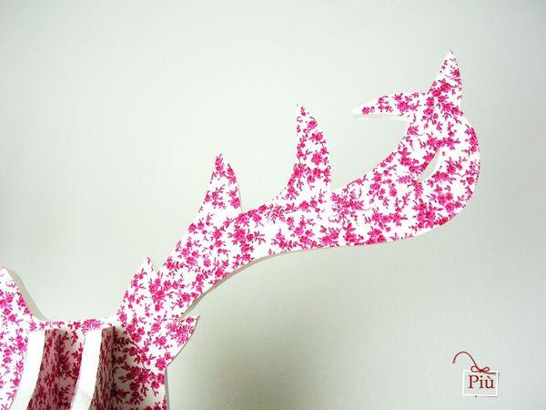 trophée cerf rose 4