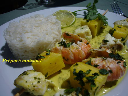 brochettes_de_lotte_et_langoustines___l_ananas_003_blog