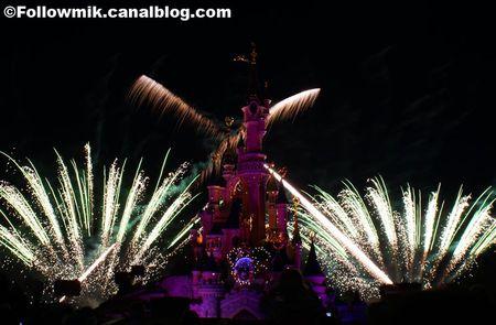 Vos photos des feux d'artifice et show nocturne ! 41705872_p