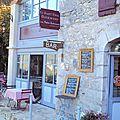 <b>Restaurant</b> dans les hauteurs de Saint-Cirq-Lapopie dans le Lot : le Saint-Cirq gourmand