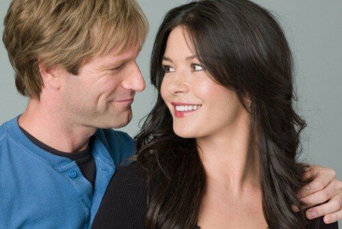 AARON ECKHART & CATHERINE ZETA JONES