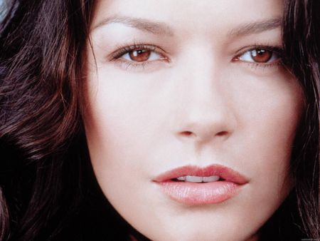 catherine_zeta_jones_