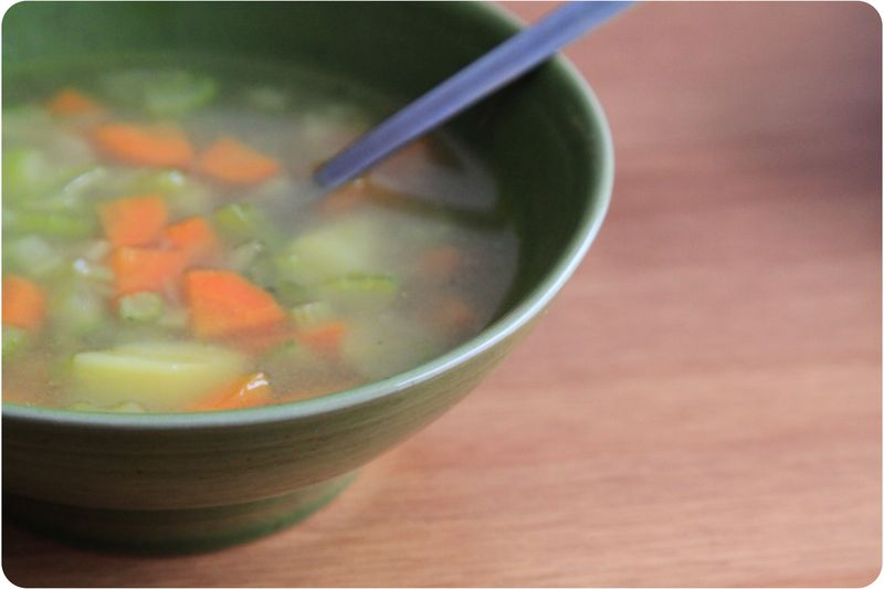 Soupe de c leri pommes de terre et carottes recette - Cuisiner le celeri branche ...
