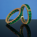 A superb pair of antique Colombian emerald bangles, 1900s, <b>India</b>