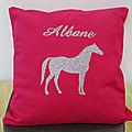 Idée cadeaux : pour les fans de chevaux et de sport <b>équestre</b>