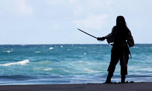 Les Pirates des Caraibes 4... Le tout premier cliché