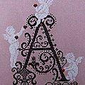 Ouvrage au club : monogramme Angel - A