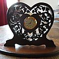 Une petite pendulette pour la <b>SAINT</b>-<b>VALENTIN</b>