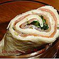Wraps <b>saumon</b> <b>fumé</b>, roquette et fromage frais ciboulette