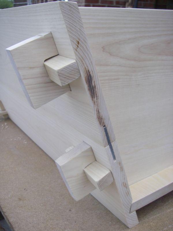 assemblage 02. Black Bedroom Furniture Sets. Home Design Ideas