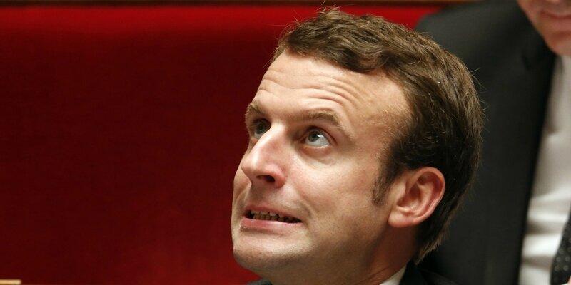 Macron grimace Assemblée