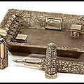 Stylo Plume - Briquet - Cendrier - Coupe <b>Cigare</b> - Boutons de Manchettes - Collection Catacombes - S.T. Dupont by Tournaire