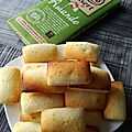 Mini <b>financiers</b> au chocolat blanc amande