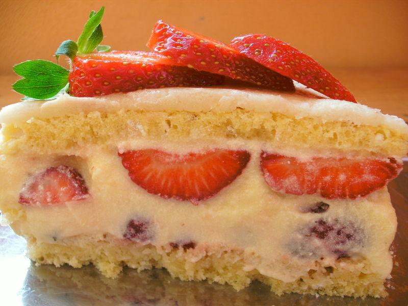 fraisier - blog cuisine avec du chocolat ou thermomix mais pas que