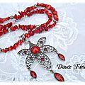 Collier rouge <b>fleur</b> pierre de gemmes