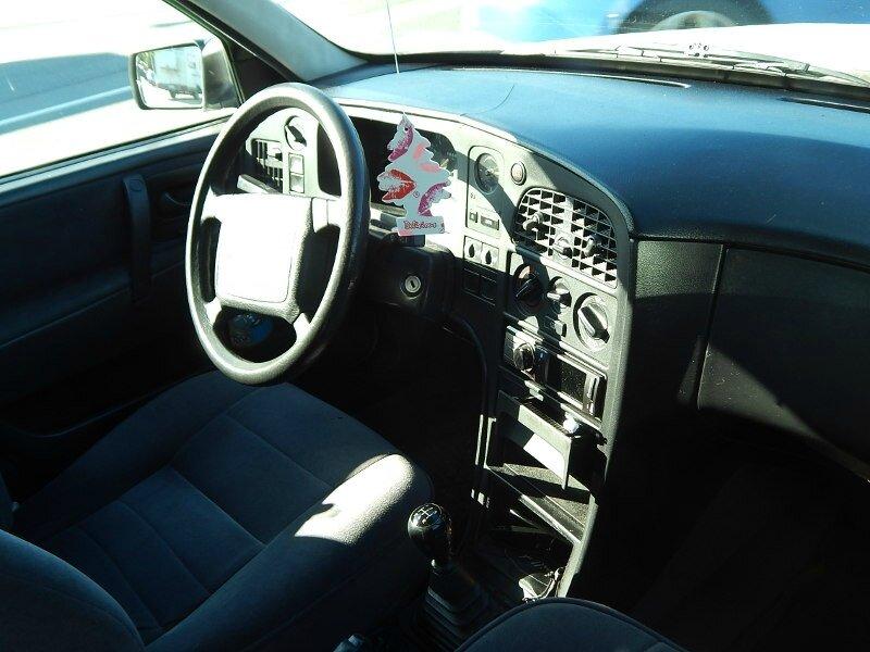 Saab9000CSint