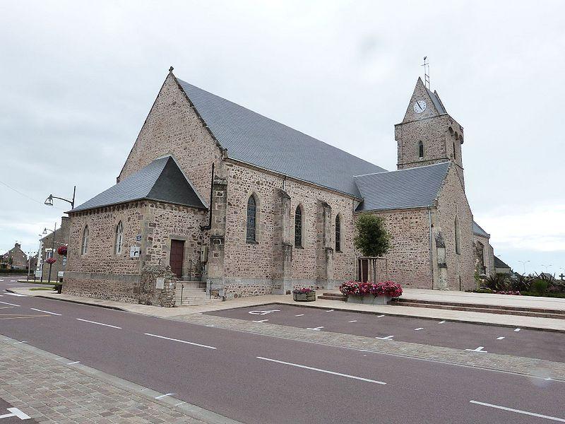 800px_Creances_Eglise_Sainte_Trinite_Nord_Est