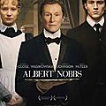 Albert Nobbs de Rodrigo Garcia avec <b>Glenn</b> <b>Close</b>, Mia Wasikowska, Aaron Johnson, Brendan Gleeson, Janet McTeer