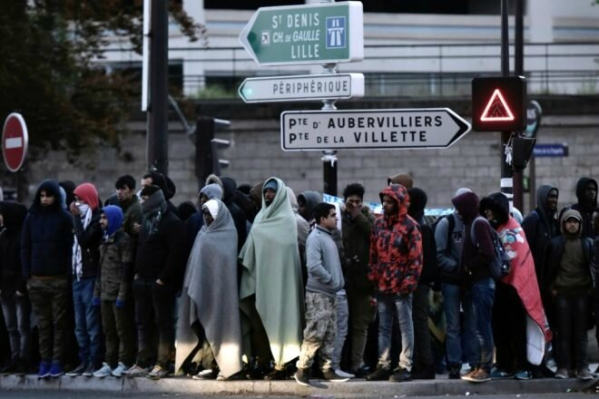 Migrants Paris