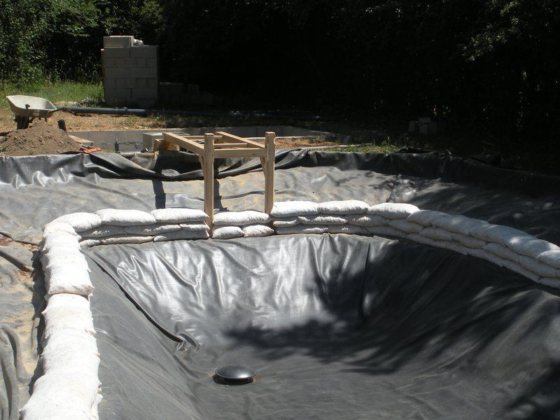 Petite piscine naturelle autoconstruction - Autoconstruction piscine ...