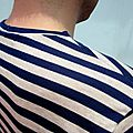 T-shirt col en V de Mister Gourde